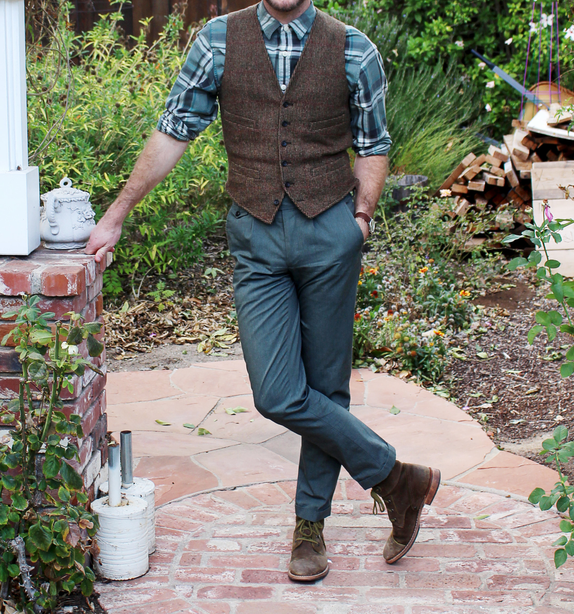 Timeless Tweed Vest 2