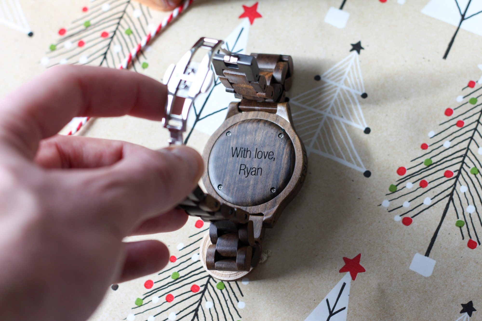 jord-wood-watch-unique-holiday-gift-engraved-3